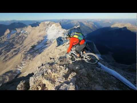 Max Schumann riding from the summit of the Zugspitze
