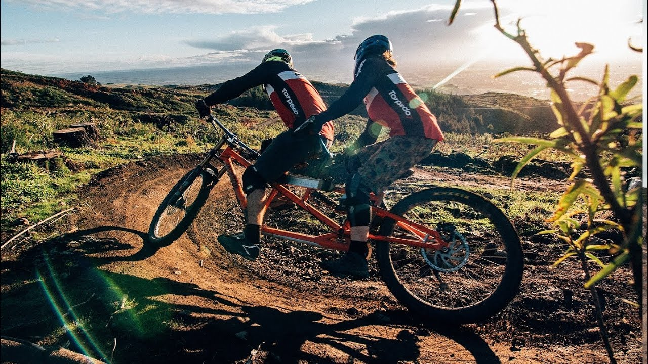 VIDEO - Tandem Downhill